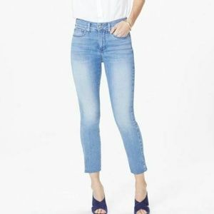 NYDJ Ami Skinny Ankle Jean Size 8P Light Wash